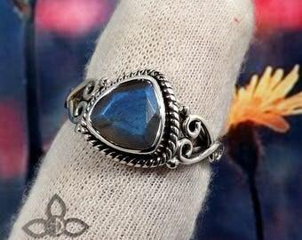 Labradorite Ring, Labradorite Stone Blue Fire Labradorite Ring, 925 Sterling Silver, Birthday Gift, Black Friday Sale, Gift Idea for Her