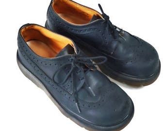 Vintage Doc Martins Oxfords / UK Size 5 / Broken in with miles to go !