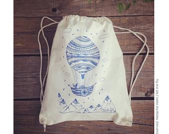 hot air balloon illustration, gym bag, bag, tote bag, bag, illustration, art print, drawing, silkscreen, summer, blue, drawing, bird, bird, love