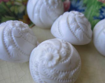 5 Vintage White Domed Shaped Floral Buttons