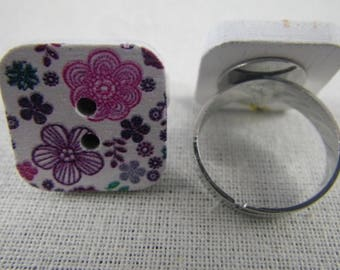 Bague051 - Purple and pink flowers wooden square button ring