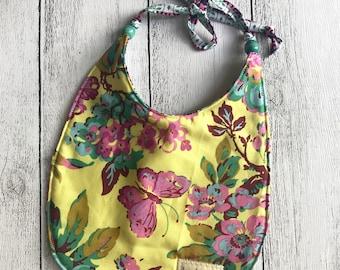 Tie back reversible baby bib - Yellow floral