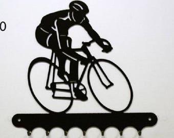 Hangs 26 cm pattern metal keys: cyclist road
