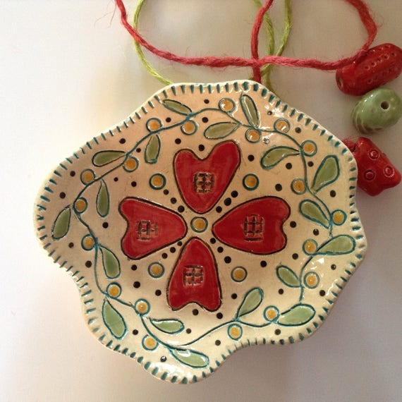 Handmade Tiny ceramic dish, trinket dish, hearts and flowers pattern, applique design, quilt pattern, decorative, gift