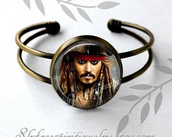 Pirate Earrings, Jack Sparrow Jewelry, Johnny Deep, Movie Star Earrings, Male Actors, Popular Movies, Gift for Teen, Pirate jewelry
