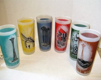Vintage 1962 Seattle World's Fair Glasses, 6 glassed in 50's Black wire Mid Century Holder