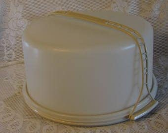 Large Tupperware Cake Taker Keeper, Plastic Cake Storage Container, Cupcake Carrier