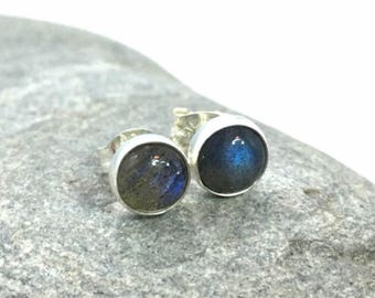 Labradorite stud earrings 6mm .. Labradorite jewelry .. Silver Studs .. Blue Labradorite .. Handmade Jewelry