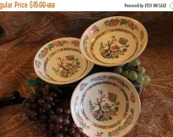 """Christmas in July Set of 3 Crown Clarence Staffordshire Indian Tree Berry Bowls Dessert Dishes 5.5"""""""