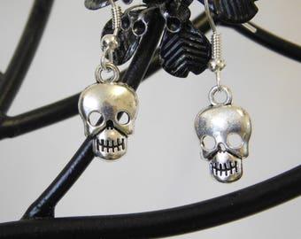 Silver Skull Charm Dangle Dangly Drop Earrings Gothic