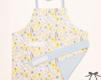 Montessori apron, Kids apron, Children apron, Fits 1.5 - 5 years, Flowers + light blue cotton lining