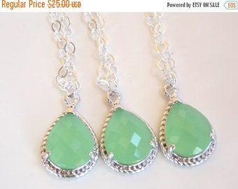 SALE Bridesmaid Jewelry, Green Necklace, Light Green, Mint, Sterling Silver, Wedding Jewelry, Bridesmaid Gifts, Bridesmaid Necklace, Pendant
