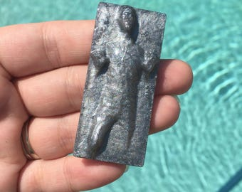 Han Solo in carbonite brooch