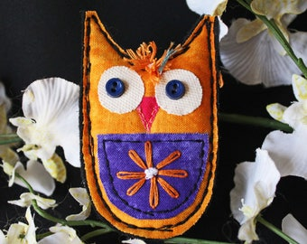 Owl Pin Ornament, Owl Pin, Owl Brooch, Fabric owl, fabric owl brooch, Fiber art, fiber art jewelry pin, Arty Owl Quilted Pin/Ornament #3
