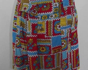 summer sale Vintage 70s 80s red blue yellow floral pleated heavy cotton skirt skirt size small