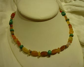 G55 Vintage Stone & Glass Beads Necklace.