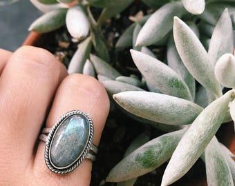 Size 8.5 Labradorite sterling silver ring