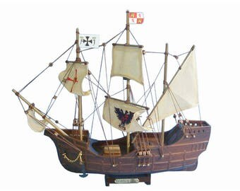 Model Ship Nautical Decor-wooden Santa Maria