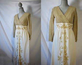 Vintage 70s Gold Maxi Day Dress Everyday Fall Dress Maxi Boho House Dress Long Sleeved Housewife Dress Festival Hippie Dress