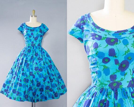 1950s Blue Floral Cotton Dress/ Medium (38B/27W)
