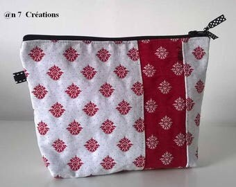 """Pouch makeup red and white """"provençal"""", 20 cm by 15 cm."""