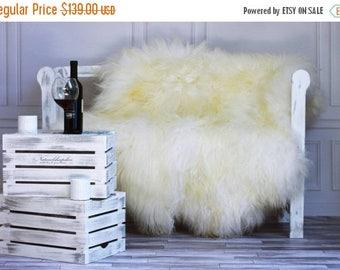 ON SALE Medium Genuine Natural ICELANDIC Sheepskin Rug, Throw, Double - Square - Creamy White