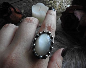 Cats Eye Moonstone Ring // Game of Thrones Inspired // Gothic // Boho // Gypsy // Witch // Bohemian // Halloween // Metaphysical Jewelry
