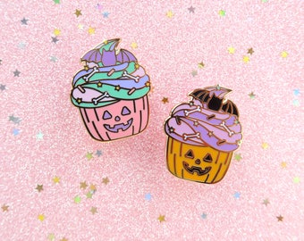 Halloween Cupcakes Enamel Pins, spoopy, pumpkin pin, pastel halloween, cute halloween pin, pin badge, spooky pin