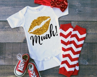 Muah! Lips Valentine Kiss  Bodysuit or T-Shirt for Baby Toddler Kid Newborn Babies Shower Coming Home Gift Idea Top Creeper Present Cute Day