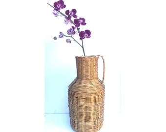 Wicker Jug -- Vintage Wicker Jug -- Wicker Vase -- Big Wicker Vase -- Big Wicker Jug -- Vintage Wicker Basket -- Wicker Basket