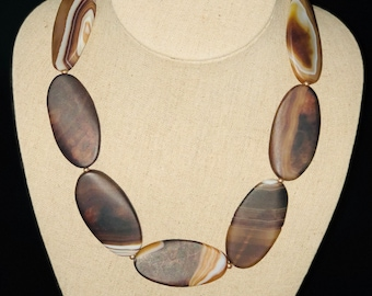 AJ189 - Hand crafted large Agate statement necklace. Perfect gift!!!