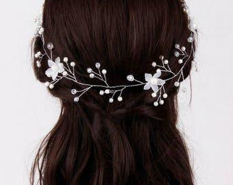 Pearl Bridal Hair Vine, Wedding Hair Accessories, Hair Wreath, Wedding Hair Vine, Bridal Hair Piece, Flower Hair Vine, Boho Bridal Headpiece