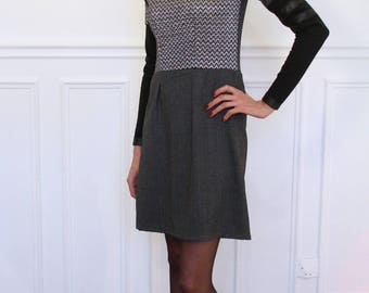 Dress long sleeve with asymmetrical collar, shiny silver