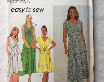Vintage 1997 UNCUT New Simplicity 7963 Misses Size 10, 12, and 14 Dress Pattern