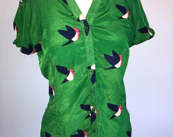 Quick Brown Fox Blouse Shirt in Green with Bird Motif