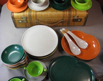 41 pieces of Melmac Color Flyte by Branchell Mid century