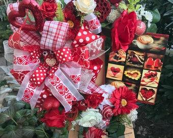 Mothers Day Wreath, All Season Wreath, Front Door Wreath, Valentines Day Wreath, Home Decor, Unique Gift, Flower Wreath