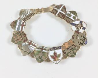 Canada Bracelet, Womens Vintage Enameled Gold Tone Link Bracelet, Canadian Provinces Shields, Canadian Flag, 1970s Souvenir, Gift for Her