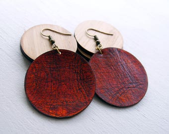 Leather Earrings,  Distressed Circle, veg tanned leather / lightweight earrings / boho / 3rd anniversary gift / distressed leather