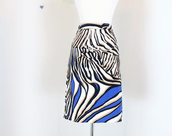 "1990s Skirt - Zebra Animal Print Pencil Skirt - Bold Graphic Knee Length Vintage Skirt - Summer Spring Skirt - 30"" Waist - Size Medium"