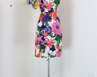 1990s Does 1950s Dress - Floral Wiggle Dress - Sleeveless - Vintage Mad Men Style - Summer Spring Dress - Cap Sleeve - Size 6 Medium 28""
