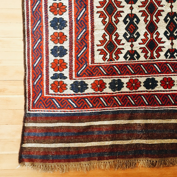Vintage Kilim, Geometric and floral pattern with fringe, Red, Blue, Ivory, Geometric Rug, Wool rug, Boho Decor, Area Rug, 6 x 9 Rug,