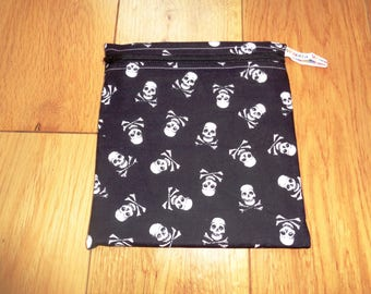 Snack Bag - Bikini Bag - Lunch Bag  - Zero Waste Medium Poppins Waterproof Lined Zip Pouch - Sandwich bag - Eco - Skull Pirate Jolly Roger