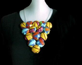 Collier ethnique, collier wax, collier tissu, collier plastron, collier multicolore, collier femme, tissu africain, wax, ethnique