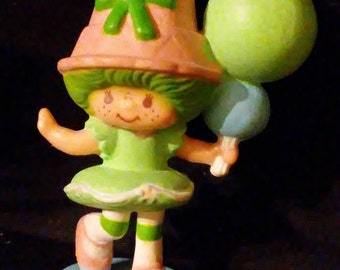 Vintage 1980s Strawberry SHORTCAKE Lime Chiffon Mini PVC Figures!!