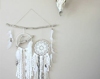 Cream White Dreamcatcher Feather Wall Hanging-Driftwood Wall Hanging-Dream Catcher Set-Boho Wall Decor-Boho Chic Wall Hanging-Boho Nursery