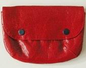 Pochette en vinyle rouge