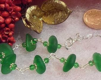 Lovely Festive Green Sea Glass Bracelet