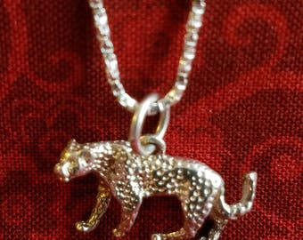 CP091 Vintage Sterling Silver Necklace with Leopard Pendant