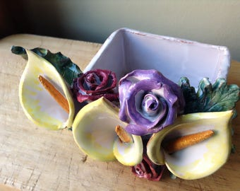 Ceramic floral box vintage for tiny objects